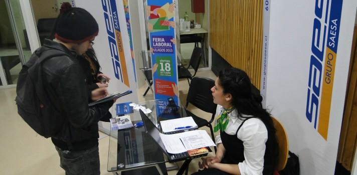 V Feria Laboral de Empleabilidad y Emprendimiento de la ULagos en el Centro Cultural