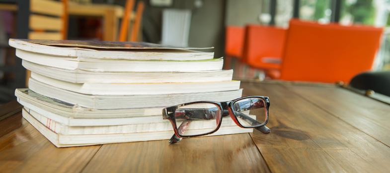 <p>A <strong>Escola de Direito do Rio de Janeiro da Faculdade Getúlio Vargas (FGV)</strong> está com inscrições abertas, até o dia 30 de abril, para seu programa de bolsas de pesquisa para doutorandos e doutores. As vagas são voltadas para brasileiros e estrangeiros interessados em realizar pesquisas em Direito ou áreas relacionadas à disciplina.</p><p></p><p><span style=color: #333333;><strong>Você pode ler também:</strong></span><br/><a title=Nova Zelândia dá bolsas de estudos para brasileiros href=https://noticias.universia.com.br/destaque/noticia/2016/04/20/1138477/nova-zelandia-da-bolsas-estudos-brasileiros.html>» <strong>Nova Zelândia dá bolsas de estudos para brasileiros</strong></a><br/><a title=FGV estuda substituir vestibular próprio pelo Enem href=https://noticias.universia.com.br/educacao/noticia/2016/04/18/1138406/fgv-estuda-substituir-vestibular-proprio-enem.html>» <strong>FGV estuda substituir vestibular próprio pelo Enem</strong></a><br/><a title=Todas as notícias sobre Bolsas de estudo e prêmios href=https://noticias.universia.com.br/estudar-exterior>» <strong>Todas as notícias sobre bolsas de estudo e prêmios</strong></a></p><p></p><p>O programa <strong>Fellows in Rio 2016-2017</strong> tem duração de seis meses, em que serão desenvolvidos os projetos de pesquisa em um dos centros especializados da Escola. O valor das bolsas é de R$ 36 mil para estudantes de doutorado e R$ 45 mil para doutores. Além do desenvolvimento dos trabalhos, os pesquisadores também participarão de aulas e workshops para alunos da graduação, com apoio dos <strong>professores da FGV</strong>.</p><p></p><p>Os interessados em concorrer a uma das bolsas de estudos da FGV devem ter doutorado completo ou em curso, podendo optar por realizar suas pesquisas entre agosto e dezembro de 2016 ou janeiro a junho de 2017. As inscrições devem ser feitas pelo e-mail cri.direito@fgv.br, e devem contar com indicação de semestre escolhido, envio de currículo o link para plataforma Lattes/CNPq 