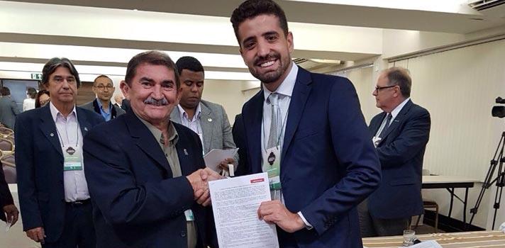 No 60º Fórum de Reitores da Abruem, Universia Brasil firma acordo de cooperação para gestão de estágios