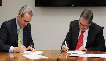 Santander Universidades y UPAEP refrendan alianza educativa a favor de los jóvenes