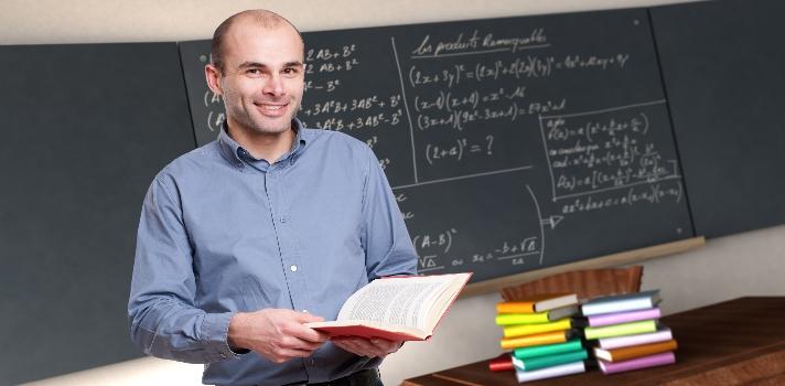 Se buscan 50 profesores innovadores.