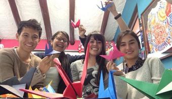 <p style=text-align: justify;>Jóvenes de entre 18 y 24 años que quieran<strong>iniciar o completar sus estudios en cualquier nivel educativo</strong>o bien formarse en ocupaciones técnicas, tienen la posibildad de hacerlo mediante el progarmaPROG.R.ES.AR, el cual es una iniciativa de<a href=https://www.argentina.gob.ar/ target=_blank><strong>Presidencia de la Nación</strong></a>.</p><p style=text-align: justify;></p><p style=text-align: justify;></p><p style=text-align: justify;><strong>Lee también</strong><br/><span style=color: #ff0000;><a title=Portal de Becas - Universia Colombia href=https://becas.universia.com.ar/><span style=color: #ff0000;>»<strong>Visita nuestro portal de becas y descubre las convocatorias vigentes</strong></span></a></span></p><p style=text-align: justify;></p><p style=text-align: justify;></p><p style=text-align: justify;>Estas becas están dirigidas a jóvenes argentinos que no trabajan, que trabajan informalmente o tienen un salario menor al mínimo, y su grupo familiar posee iguales condiciones. Las mismas le permitirán iniciar o completar sus estudios en cualquier nivel educativo.</p><p style=text-align: justify;></p><p style=text-align: justify;>Las becas ofrecen a los postulantes una ayuda económica de $600 por mes, asistencia para la inserción laboral y ayuda para el cuidado de hijos a cargo.</p><p style=text-align: justify;></p><p style=text-align: justify;>El plazo para presentarse es hasta el 31 de diciembre de 2014</p><p style=text-align: justify;></p><p style=text-align: justify;><strong><a href=https://becas.universia.com.ar/AR/beca/231601/becas-programa-progresar.html>Conoce las bases completas en nuestro portal de becas</a></strong></p>