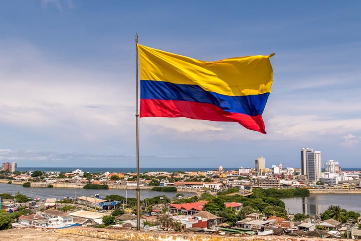 ¿ Es posible homologar bachillerato colombiano en españa?