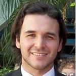 Es necesario replantear ciertos paradigmas que permitan a los jóvenes formados acceder rápidamente a su primer empleo, aseguró Juan Manuel Lezcano