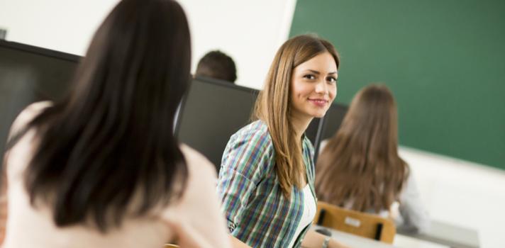 El objetivo de las becas es potenciar el talento preuniversitario, premiar la excelencia y apoyar la creación de redes de liderazgo