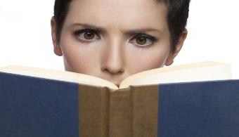 Unesco: leer en el móvil puede ser la solución al analfabetismo