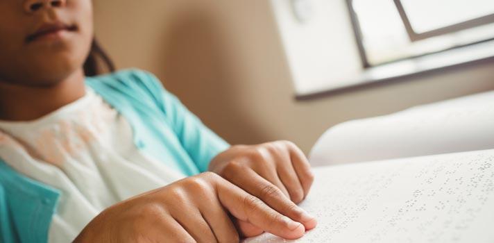 MEC pretende ampliar literatura Braille nas escolas