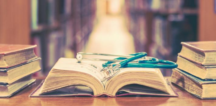 Ser médico exige muito estudo e várias reciclagens ao longo da carreira
