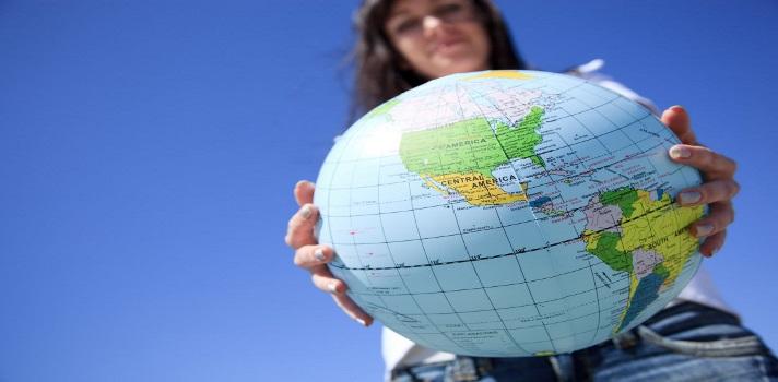 Optar a una beca puede facilitarte cursar tus estudios en el extranjero