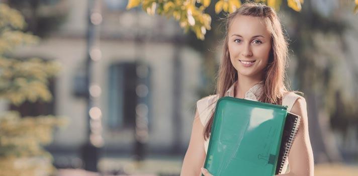 5 mitos sobre o primeiro ano de faculdade