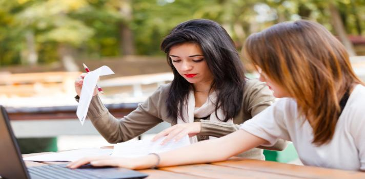Expectativa de estudios formales para las mujeres chilenas es de 15,2 años