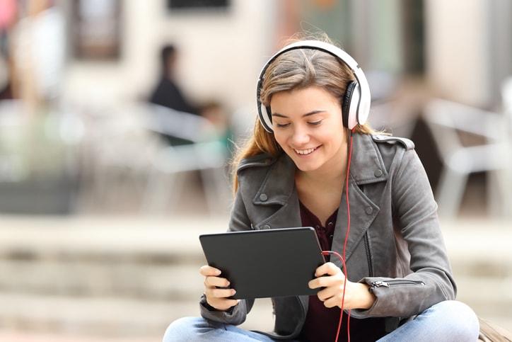 La mejor música para estudiar y estimular tu cerebro