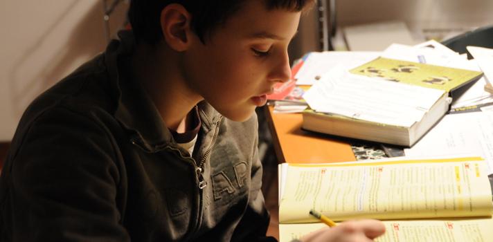 ¿Por qué los padres no deberían ayudar a sus hijos con las tareas?