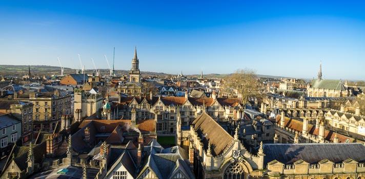 Oxford Royale Academy tem bolsa para curso de verão