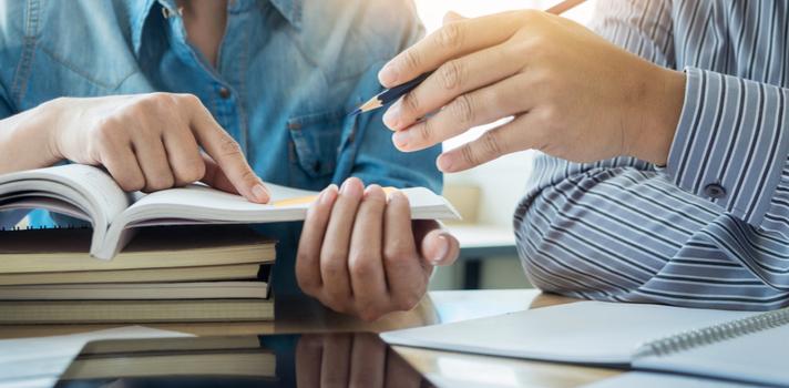 El rol de la educación en relación con el ámbito social es un tema de interés para toda la comunidad universitaria