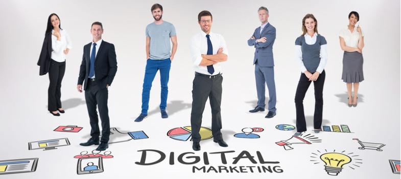<h2>1. Braincast</h2><p>O <a href=https://www.b9.com.br/podcasts/braincast/><span>Braincast</span></a>é voltado para os viciados em tecnologia e gadgets, abordando temas bastante atuais e bastante discutidos nas redes sociais sob a ótica da publicidade e do jornalismo. </p><p></p><h2>2. Scicast</h2><p>Como o nome indica, o <a href=https://www.deviante.com.br/podcasts/scicast/><span>Scicast</span></a>engloba temas e discussões majoritariamente científicas em seus episódios. Partindo de situações e fatos do dia a dia, o podcast explica conceitos dos mais diverso campos do conhecimento em Ciência.</p><p></p><h2>3. Domine Inglês</h2><p>Voltado para quem quer melhorar os conhecimentos da língua inglesa, o <a href=https://www.domineingles.com.br/><span>Domine Inglês</span></a>foi idealizado pelo casal norte-americano Tim e Tammy. Os dois residem no interior de São Paulo, onde possuem uma escola de idiomas desde os anos 90.</p><p></p><h2>4. AntiCast</h2><p>Começando com programas voltados para discussões sobre design e comunicação, o <a href=https://anticast.com.br/><span>AntiCast</span></a>hoje aborda uma vasta gama de assuntos que vão desde a ética e comportamento até a literatura, sempre embasado por boas referências.</p><p></p><h2>5. Salvo Melhor Juízo</h2><p>Um podcast dedicado ao debate e explanação de conteúdos jurídicos e do Direito em geral, o <a href=https://salvomelhorjuizo.com/><span>Salvo Melhor Juízo</span></a>tem como objetivo uma abordagem mais simples e menos formal dos temas. Recebendo convidados com frequência, o programa é indicado aos atuantes e interessados na área.</p><p></p><h2>6. RapaduraCast</h2><p>Indicado especialmente aos fãs de cinema, o <a href=https://cinemacomrapadura.com.br/rapaduracast-podcast/><span>RapaduraCast</span></a>é dedicado à análises dos filmes mais comentados nas redes sociais. Com apresentadores mostrando opiniões diferentes e, muitas vezes, complementares, o programa transpira paixão e curiosidade pela sétima arte.</p><p></p