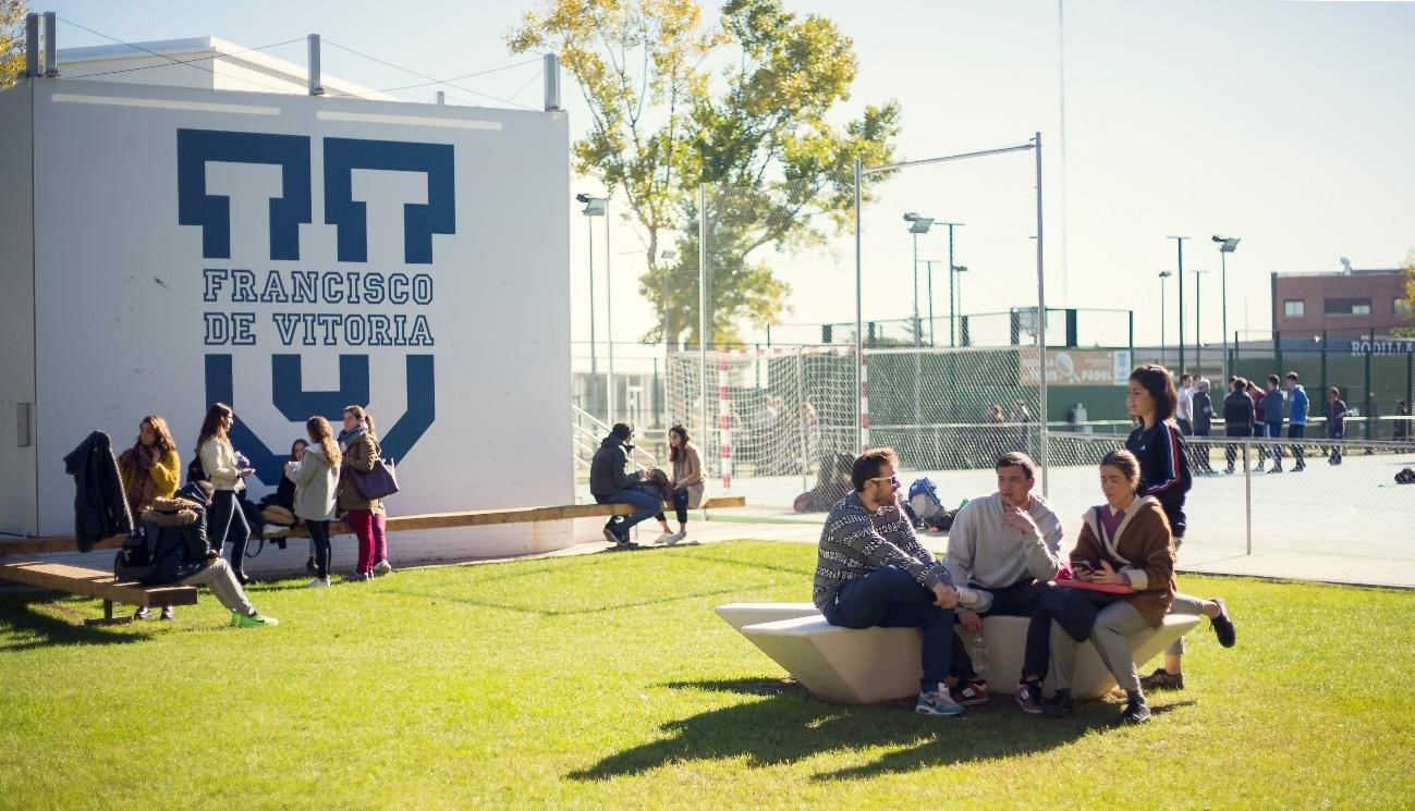 La Universidad Francisco de Vitoria cuenta con una amplia oferta formativa de másteres universitarios, títulos propios y doctorados