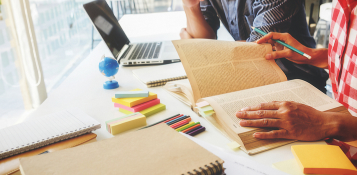 Los cursos online son la opción más popular para los estudiantes que ya han comenzado a trabajar