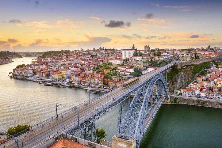 Escolher a cidade do Porto para fazer a sua especialização poderá ser uma alavanca na sua carreira.