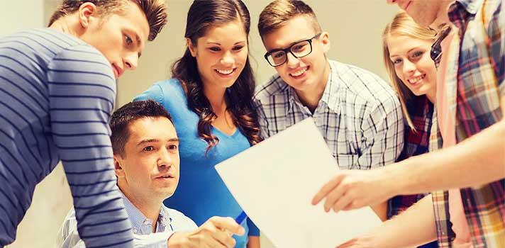 Las sesiones de estudio en grupo deben ser frecuentes y que permitan ir trabajando la materia dada en clase