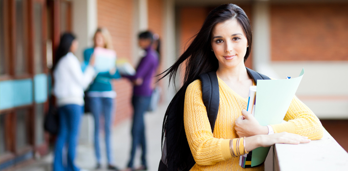 Os alunos do litoral gastam mais dinheiro do que os do interior ou ilhas