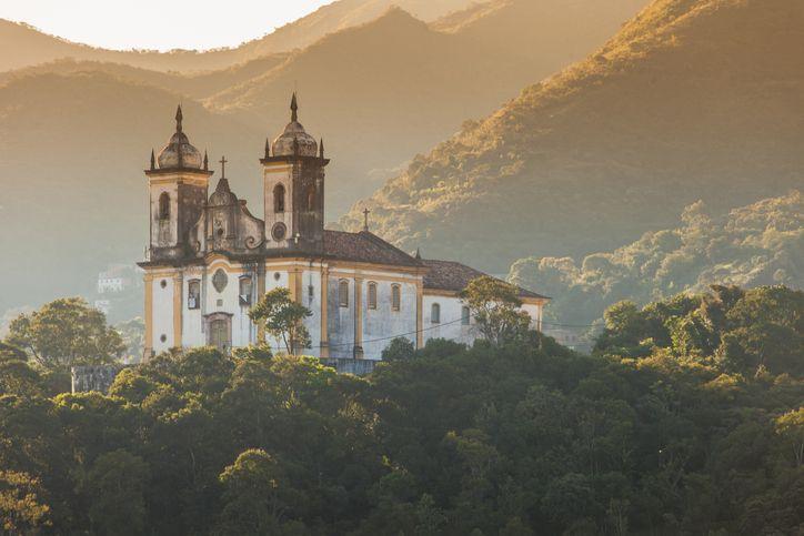 A herança barroca é uma das principais marcas de Ouro Preto, cidade histórica em Minas Gerais.