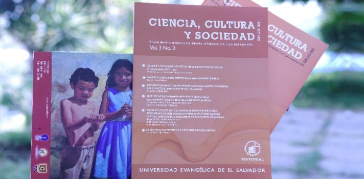"""Con una introducción dedicada a los <strong>orígenes y consolidación de la <a href=https://www.universia.com.sv/universidades/universidad-evangelica-salvador/in/41054 target=_blank>Universidad Evangélica de El Salvador</a>en nuestro país</strong> y la recopilación de una serie trabajos de autoría nacional y extranjera sobre diversas áreas humanísticas, se presentó la tercera edición de la revista académica de la UEES """"<strong>Ciencia, Cultura y Sociedad""""</strong>, correspondiente al período julio-diciembre 2016. <br/><br/>La revista, editada semestralmente, se encuentra dedicada a la publicación de diversas temáticas relacionadas a las áreas<strong>sociales, humanistas, económicas y tecnológicas</strong>; partiendo de la necesidad e importancia de <strong>difundir la producción científica</strong> de la Educación Superior, a nivel nacional e internacional. <br/><br/>En esta oportunidad, """"Ciencia, Cultura y Sociedad"""" nuclea una serie de trabajos de distintos autores de dentro y fuera de fronteras en materia de <strong>educación, filosofía, sociología</strong>, <strong>medioambientey socioeconómía</strong>. En total, esta 3era edición consta de <strong>cuatro trabajos de investigación y un ensayo</strong>, evaluados previamente por expertos en estas ramas de conocimiento.<br/><br/>Por otra parte, la temática introductoria de este nuevo volumen tiene como eje los<strong> orígenes de la Universidad Evangélica de El Salvador</strong>, analizando cómo surge y se consolida como propuesta de educación superior en el marco del inicio del conflicto armado de la década de los 80, en memoria del fundador y primer rector de UEES, Roberto Lucio Paredes.<br/><br/>""""Tenemos tres revistas indexadas y arbitradas, una especializada en salud, otra en humanidades y ciencias sociales y otra en teología. Cada seis meses se publican no sin antes pasar por el comité de ética institucional de la universidad"""", explicó Darío Chávez, vicerrector de investigación y proyección social de UEES.<br/>"""