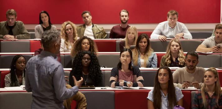 Los debates en clase son muy útiles para trabajar la reflexión crítica