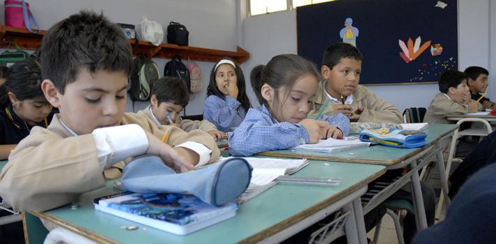 Experta sostiene que nuevo sistema de educación pública es insuficiente para garantizar calidad