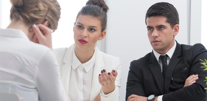 Saiba o que pode fazer com que você soe rude em uma entrevista de emprego