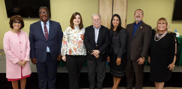 Tammy R. Berberick Presidenta de Crestcom International dictó conferencia sobre Liderazgo Resiliente