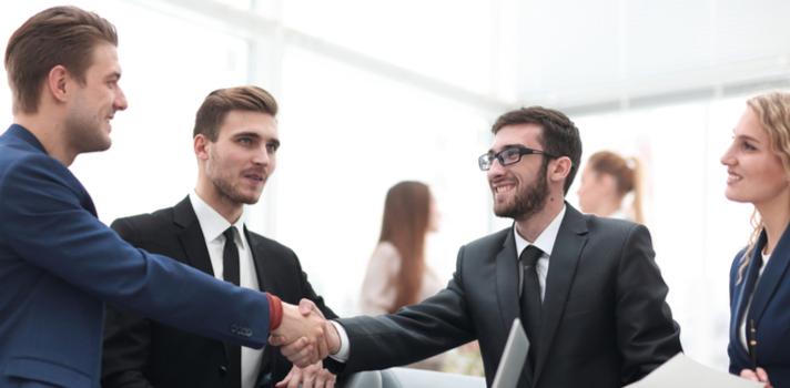 Si tu futuro está en el mundo empresarial descubre cuáles son las carreras que puedes estudiar