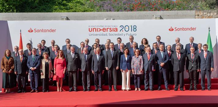 Ana Botín pide más protagonismo para la educación y más recursos públicos y privados