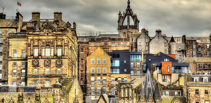 Universidade de Edimburgo tem bolsa para cursos de verão