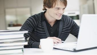 8 trabajos para estudiantes universitarios a tiempo parcial