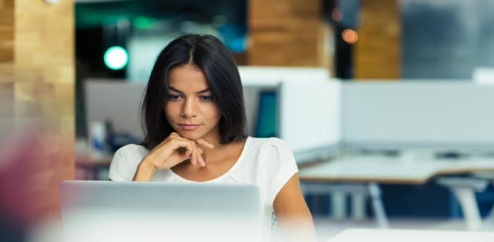 Las empresas buscan retener a los profesionales resolutivos
