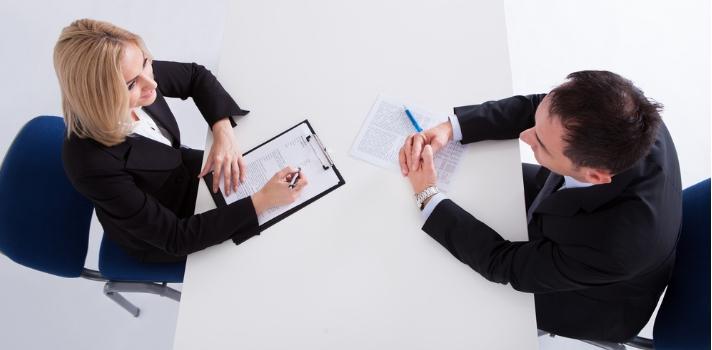 Utilizar el lenguaje correcto y desterrar determinadas frases puede ayudarte en una entrevista.
