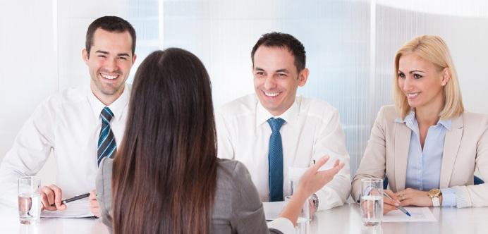 Este tipo de CV te permitirá tener una entrevista más fluida, porque la empresa ya sabrá casi todo sobre ti