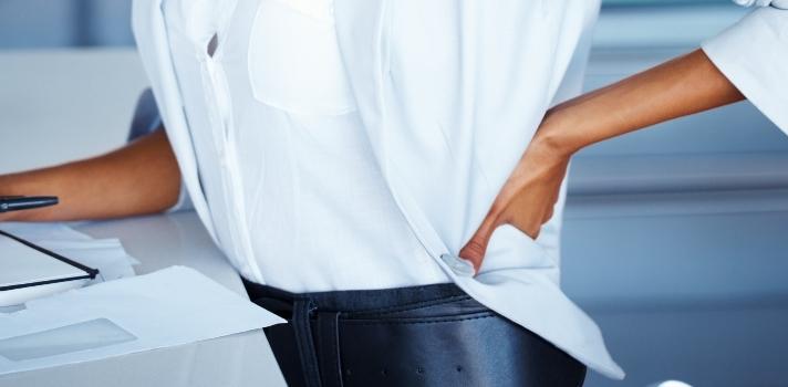 Puedes realizar estos ejercicios en casa o en la oficina y aliviar tu dolor.