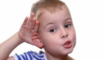 """<p style=text-align: justify;>La Dirección General de Posgrado e Investigación anunció la selección del proyecto <strong><em>""""Situación de las alteraciones auditivas, nivel del lenguaje–voz en niños y adolescentes""""</em></strong> para una<strong> financiación de 30 millones de guaraníes</strong> provenientes de fondos propios de la <strong><a title=Universidad Católica """"Nuestra Señora de la Asunción"""" href=https://estudios.universia.net/paraguay/institucion/universidad-catolica-nuestra-senora-asuncion target=_blank>Universidad Católica """"Nuestra Señora de la Asunción""""</a>.</strong></p><p style=text-align: justify;></p><p><span style=color: #0000ff;><a style=color: #ff0000; text-decoration: none; title=Sigue toda la actualidad universitaria a través de nuestra página de Facebook href=https://www.facebook.com/pages/Universia-Paraguay/246674905428102><span style=color: #0000ff;>» <strong>Sigue toda la actualidad universitaria a través de nuestra página de Facebook</strong></span></a></span></p><p><a style=color: #ff0000; text-decoration: none; title=Visita nuestro portal de Becas y descubre las convocatorias vigentes href=https://becas.universia.com.py/>» <strong>Visita nuestro portal de Becas y descubre las convocatorias vigentes</strong></a></p><p style=text-align: justify;></p><p style=text-align: justify;></p><p style=text-align: justify;>La iniciativa de investigación - coordinada por la<strong> Prof. Margarita Brizuela de Cabral</strong>, abarcará el estudio de niños, niñas y adolescentes que frecuentan el <strong>Hospital de Barrio Obrero y el colegio La Providencia</strong>, con el objetivo de evaluar las consecuencias negativas de la alteración en la lectoescritura o audición en el desarrollo y rendimiento escolar de los mismos.</p><p style=text-align: justify;></p><p style=text-align: justify;>Se espera que los resultados del análisis permitan establecer mecanismos de desarrollo de la <strong>estimulación auditiva en niños</strong>, para que éstos puedan desarro"""