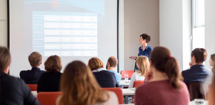 Mantener entretenido al público debe ser el objetivo de todo orador