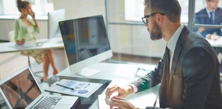 Descubre 4 cursos para mejorar tu capacidad de liderazgo