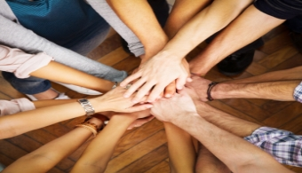 Promueve el trabajo solidario entre tus empleados.