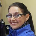 En la construcción de ciudadanos ejemplares, las escuelas y las universidades alcanzan a la persona los conocimientos necesarios para socializarse en su entorno, opinó María Soledad Escalante Beltrán