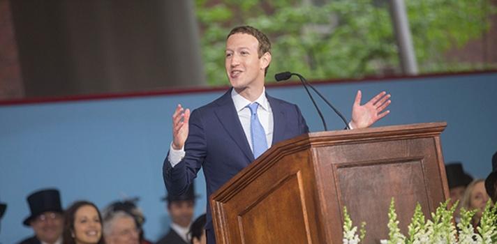 Así fue el discurso de graduación de Mark Zuckerberg en Harvard.