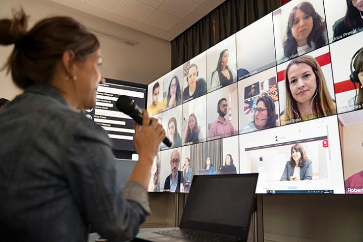 Global Campus Nebrija, el premiado entorno colaborativo de la Universidad Nebrija, pone en manos de los alumnos las últimas herramientas digitales de la enseñanza e-learing para aunar todas las ventajas del mundo online con las de la aula física.