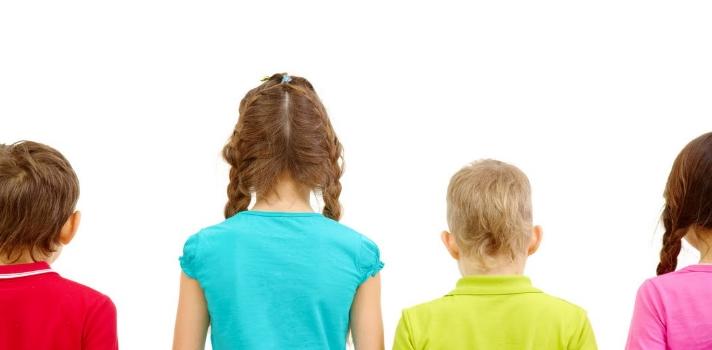 Niños bilingües son más aptos para entender a los demás, indica estudio