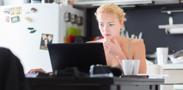 Trabajar desde casa: 13 sitios web para encontrar empleo remoto