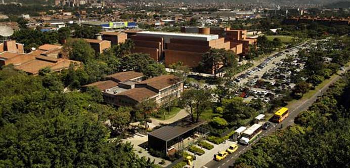 Universidad Eafit - Pereira