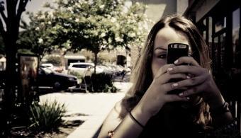 Unesco: 5 conclusiones sobre los beneficios de la lectura en móviles